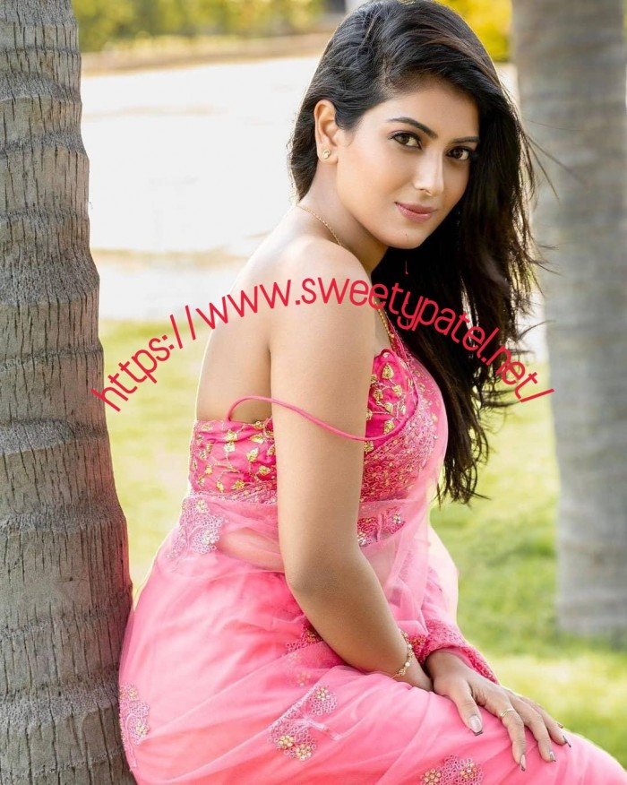 Get High Professional Females From Mumbai Escorts