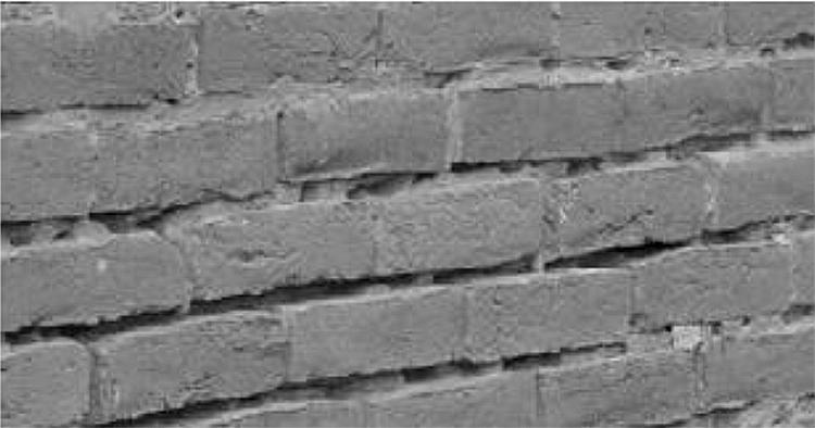 Morteros de albañilería en contacto con ladrillos de alta succión