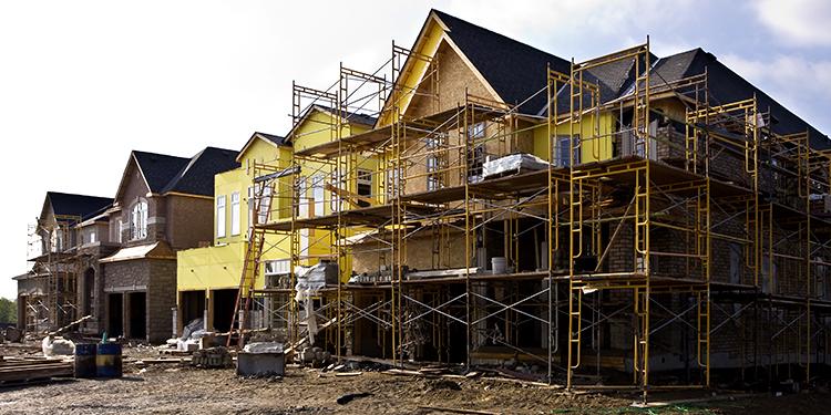 El Mitma anuncia que invertirá más de 5.500 millones de euros en políticas de vivienda