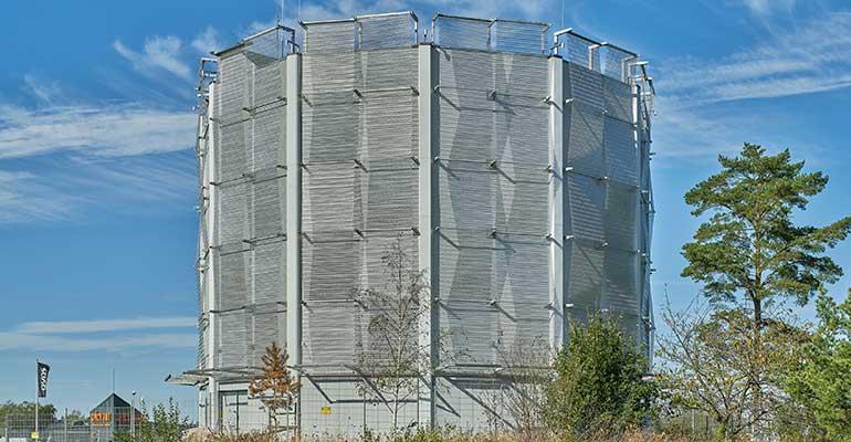 Malla metálica depósito Codina Architectural