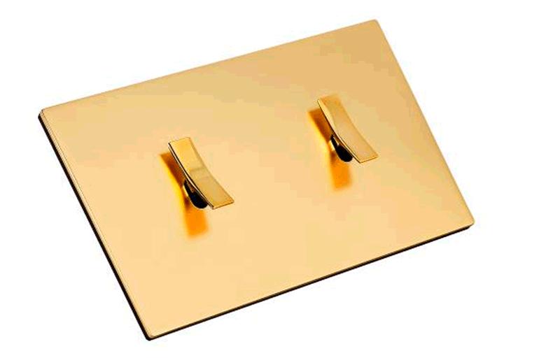Nuevo acabado Latón dorado satinado mate para la colección Bridge de Font Barcelona