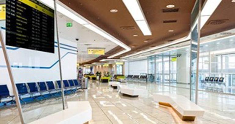 El Aeropuerto Internacional de Nápoles se amplía con el uso de Hi-Macs