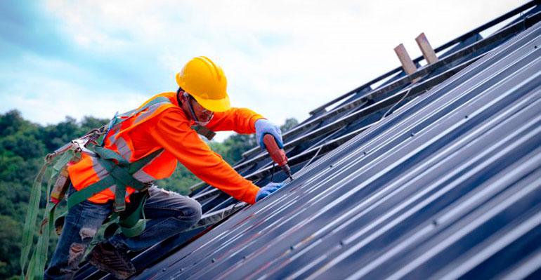 Andimac hace hincapié en la seguridad en los trabajos en cubiertas