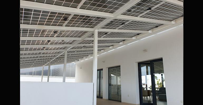 Pérgola fotovoltaica, que ofrece soluciones de ahorro y sostenibilidad