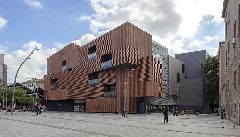Technal, en la Escola Massana de la arquitecta Carme Pinós