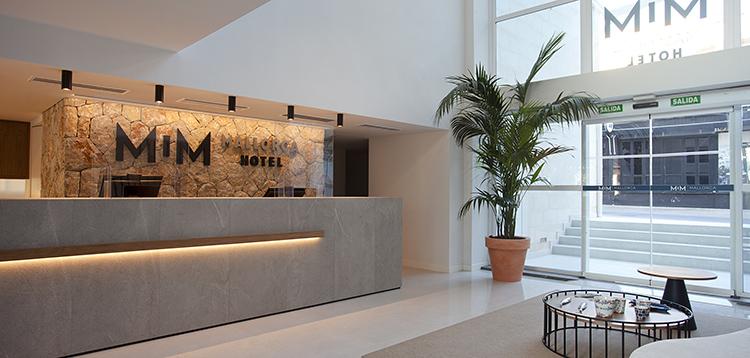 Una pintura que elimina las bacterias contribuye a mejorar la calidad del aire del Hotel MiM Mallorca